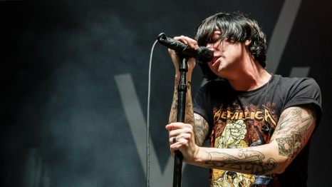 Sleeping With Sirens-2