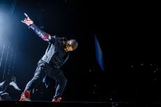 Usher-2