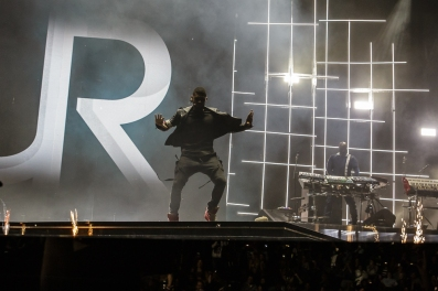 Usher-4