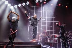 Usher-8