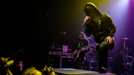 Hollywood Undead-2-2